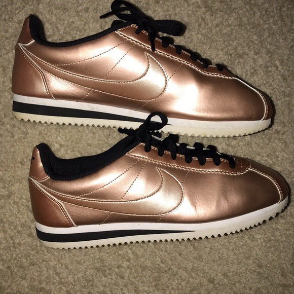 best website 53120 60871 Rose gold Nike Cortez